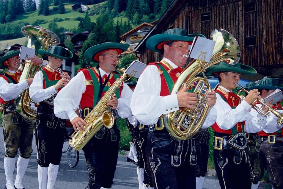 Activities at hotel Pralong in Selva in Val Gardena in the Dolomites